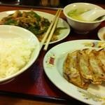 14886306 - 定食と餃子