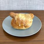 パン・ピジョン - ・チーズホットドッグ 380円/税抜
