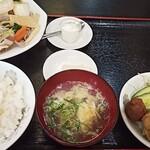 太龍 - 料理写真:B定食