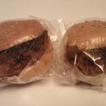 ヨークマート - 料理写真:コロッケパンです。美味しいですよ!