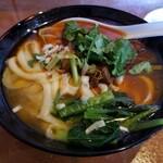 麺王翔記 - 牛バラ刀削麺。