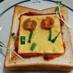 うのまち珈琲店 - トーストセットのトマトチーズトースト