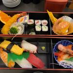 おしどり寿司 - 料理写真:おしどり御膳 900円(税抜)
