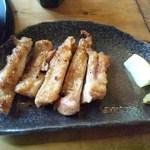 忍庵 - 別皿の炭火焼のチキン