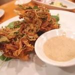 HALE海'S - ソフトシェルクラブとクレソンのかき揚げ 2種類の蟹のソースで 980円