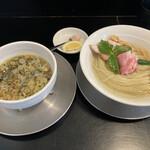 中華そば麺や 六助 - 料理写真: