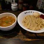 製麺処 蔵木 - 牛もつつけ麺大盛り味玉990円