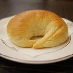 洋食キムラ - セットのパン