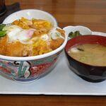 石井食堂 - かつ丼 800円