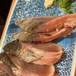 鮨・酒・肴 杉玉 - 鰹たたき ¥329