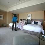 横浜ベイホテル東急 - デラックスコーナースイート:ベッドルーム
