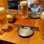 148994669 - とりあえずビール。キャベツは無料