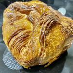 パンやきどころ RIKI - 焦がしバタークルミ