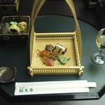 1490537 - かがり火御膳の前菜と酢の物と梅酒