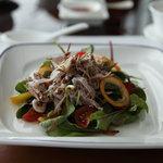 中国料理 「チャイナブルー」 - 季節野菜と鴨肉のサラダ仕立て