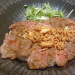 肉屋食堂 - 料理写真:
