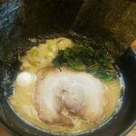 松壱家 - 豚骨醤油ラーメン海苔