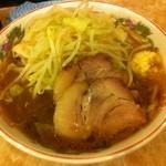 肉汁らーめん 公 - ラーメン中(240g)