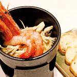 串焼き 地魚 旨飯 周南Diningぜん - 大海老のアヒージョ