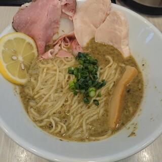 人生夢路 徳麺 - 料理写真:牡蠣の味噌 中華そば(限定)