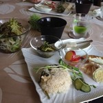 カフェテラス ギャガ - サラダと一品盛りプレート