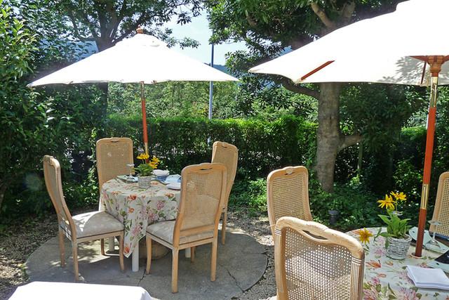 オーベルジュ・オー・ミラドー - 夏のテーブル