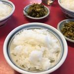 日和田製麺所 - ライス&高菜はフリーサービス