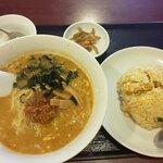 品珍酒家 - 料理写真:担々麺とチャーハン(2021.3)