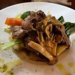 仙人掌 - 仔羊鞍下肉の網焼き バジル風味