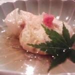 14906376 - 松茸の湯葉巻き900円