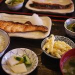 菊水 - 日替わり定食(鮭の西京焼き)