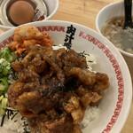肉汁麺ススム - ここはご飯がいい派。