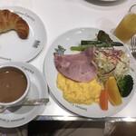149066072 - 京の朝食、野菜もしっかり