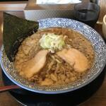 千葉房総 麺のマルタイ  - 料理写真:背脂のこく煮干らぁめん