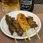肉の大山 - 2012.9 とりレバー、砂肝、つくね、豚舌(各1串100円)