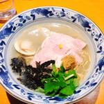 149090055 - 三種の貝出汁潮そば(細麺/潮ダレ) @900