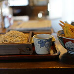 二丸屋武蔵亭 - 会津で一番の天丼定食(¥1045)