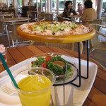 麦のキッチン - 野菜ピッツァ・サラダが付いて1500円