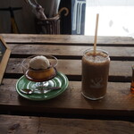 オサル コーヒー - プリン & コーヒーバナナシェイク