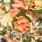 魚游 - 刺身盛り合わせ