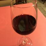 149115034 - ハウスワイン(600円)。バランスの取れた飲みやすいもの。