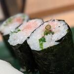 """寿司 魚がし日本一 - ネギトロ細巻。此処までが """" ちょい呑みセット """""""