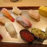 金沢まいもん寿司 - 握り 軍艦 など