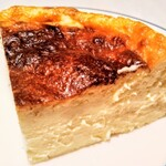 FROMA YORKYS CHEESE RESTAURANT&BAR - バスクチーズケーキ