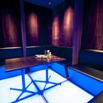 新宿イタリアン カルボナード - 2階にあります大部屋個室は6名様からご利用になれまして、最大10名様くらいまではご利用頂けます。
