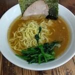 湘南乃家 - 料理写真:ラーメン並。硬め多め  ¥650
