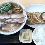 青竹手打ちラーメン 大和 - 料理写真: