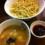 紋次郎 - 辛つけ麺