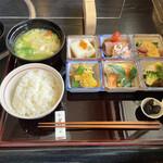惣菜 松本 - 料理写真:ランチ 1200円外税(2021年3月現在)