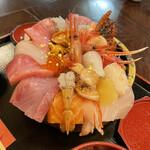 井ノ弥 - 料理写真:(っ*´∀`*)っ上ちらし近江町ネタ20種類¥3000円
